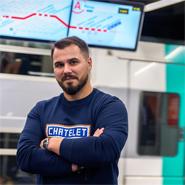 Thomas, animateur des communautés en ligne RER B